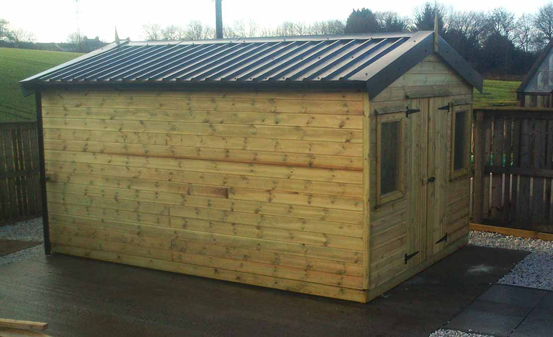 Shed small 3